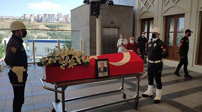 Polis kökenli emekli Vali Gündoğdu son yolculuğuna uğurlandı