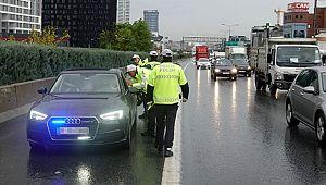 İstanbul'da bin 753 sürücüye ÇAKARLI ARAÇ cezası
