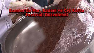 Esenler'de Nar, Badem ve Çiğ Köfte Festivali Düzenlendi