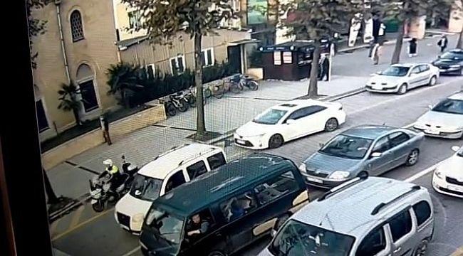 Motorize Trafik Polisinden ALKIŞLANACAK HAREKET