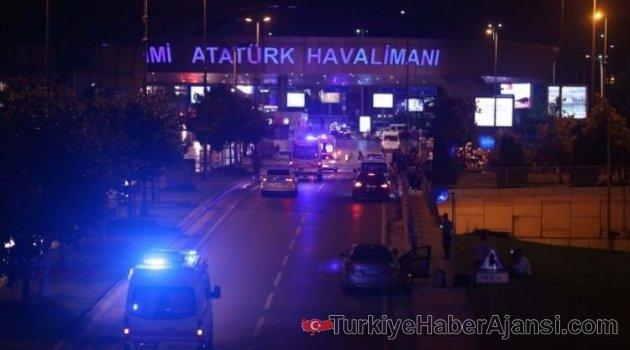 Atatürk Havalimanı'nda CANLI BOMBA: 28 Şehit, 60 yaralı
