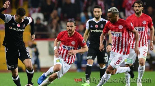 Beşiktaş Fırsat Tepti! Antalya'da Sessiz Gece