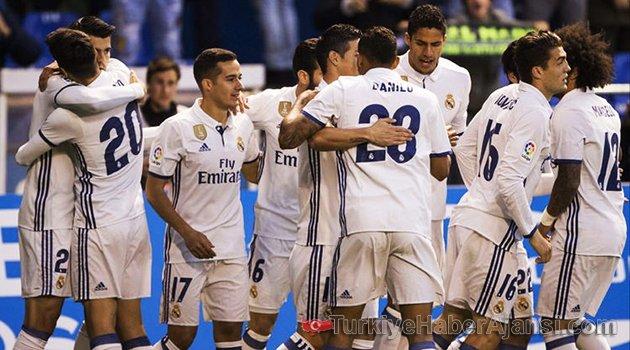Eksik Real Madrid, Deportivo'yu Ezdi Geçti!
