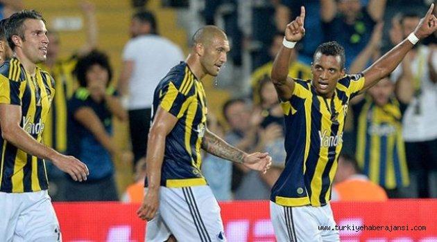 Fenerbahçe, Antalyaspor'u 2-1 Yendi
