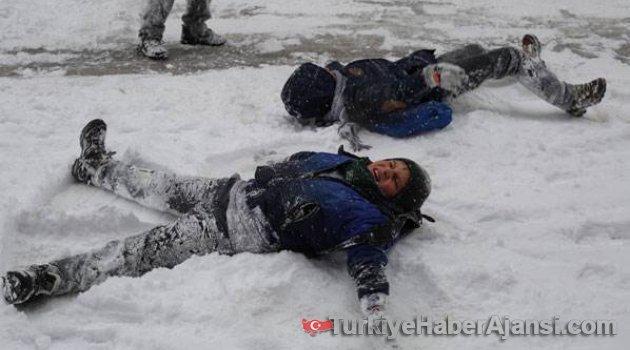 İstanbul ve 18 İlde Okullar Tatil Edildi