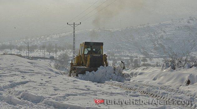 129 Köy Yolunda Ulaşım Sağlanamıyor