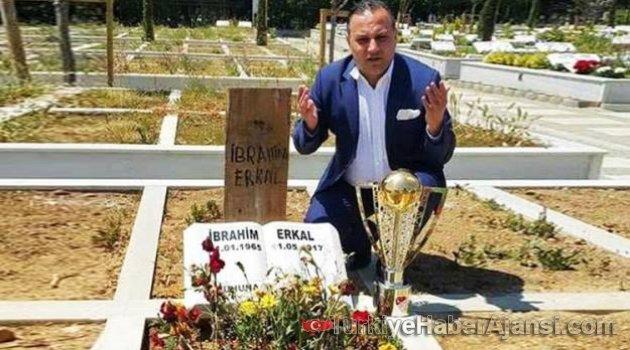 Ali Demirhan, İbrahim Erkal'ı Unutmadı!
