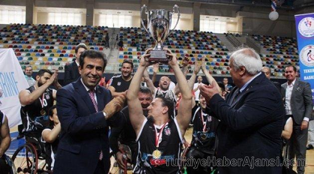 Beşiktaş RMK Marine Şampiyon