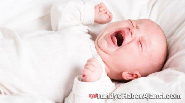 Diş Çıkaran Bebek Nasıl Rahatlatılır?