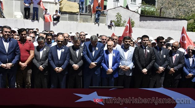 Türkiye Ona Ağlıyor! Gözyaşları Sel Oldu