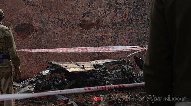 Zimbabve'de Altın Taşıyan Uçak Düştü