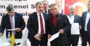 Destici: Meral Akşener Türkiye İçin Bir Değerdir