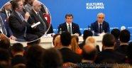 Orhan Gencebay: Bir Türk Olarak Utanıyorum