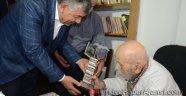 Vedat Türkali'ye Beyaz Martı Edebiyat Onur Ödülü