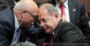 Recep Akdağ ve Faruk Özlü, Grup Toplantısında Öğrendi