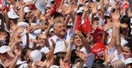 Sarıyer'de 3 Bin Çocukla Muhteşem Açılış