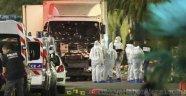 Dünya Fransa'daki Terör Saldırısını Konuşuyor