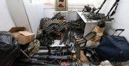 FETÖ'cü Askerlerin Darbe Girişiminde Kullandığı Silahlar