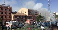 Elazığ'da Bomba Yüklü Araçla Saldırı
