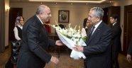 AK Parti'nin 'Ağabey'i Gitti, Türkeş Geldi
