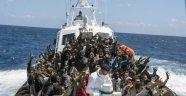 Akdeniz'de 2 Bin 300 Göçmen Kurtarıldı