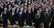 AYM Töreninde Kriz! Parti Lideri Salonu Terk Etti