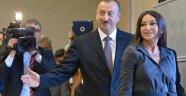 Azerbaycan'da FETÖ Darbesi İhtimali İması!