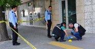 Banka Çıkışı Silahlı Saldırıya Uğradı
