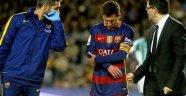 Barcelona'ya Messi'den Kötü Haber!