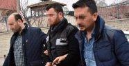 'Canlı Bomba' Diye Yakalandı, Defineci Çıktı