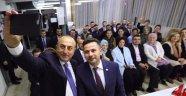 Çavuşoğlu, İsviçre'de Yaşayan Türklerle Buluştu