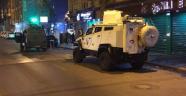 Diyarbakır'da Polis Aracına Hain Saldırı!
