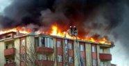Erzurum'da 7 Katlı Apartmanda Yangın Paniği