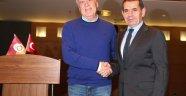 Galatasaray'ın Teknik Direktörü Denizli Oldu