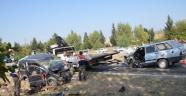 Gelin Arabası ile Otomobil Çarpıştı: 1 Ölü, 3 Yaralı