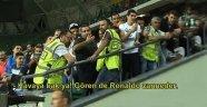 'Havaya Bak! Gören de Ronaldo Zanneder'