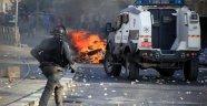 İsrail Polisi Filistinli Genci Göğsünden Vurdu
