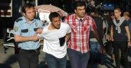 Kadıköy'de Akraba Kavgası: 3 Yaralı