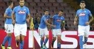 Napoli, Benfica'yı Fena Dağıttı!