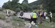 Otomobil Uçuruma Yuvarlandı: 2 Ölü, 3 Yaralı