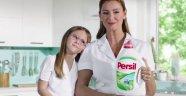 Persil İçin Kızıyla Kamera Karşısına Geçti