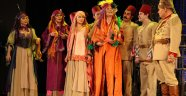 Şehir Tiyatroları 17 Oyunla Seyirci Karşısında