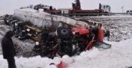 Su Kanalına Düşen TIR'ın Sürücüsü Öldü