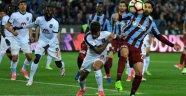 Trabzon İle Başakşehir Oynadı, Beşiktaş Kazandı!