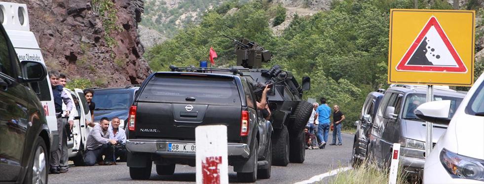 CHP Konvoyuna Saldırı! 1 Şehit 3 Asker Yaralı