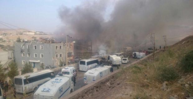 Cizre'de Bombalı Saldırı: 11 Şehit 78 Yaralı