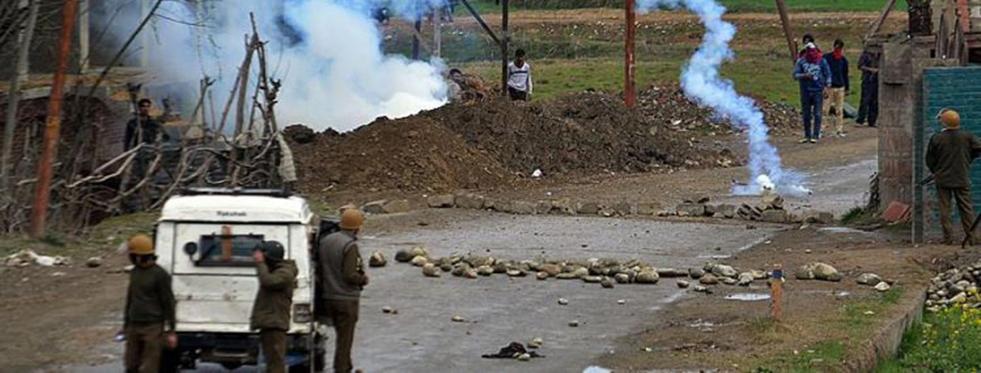 Hindistan'da Çatışma! 5 Ölü