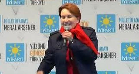 Meral Akşener Erzurum'da Halka Seslendi